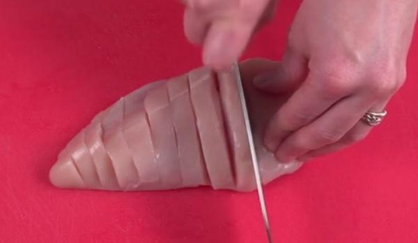 Попробовав этот рецепт куриной грудки, ты всегда будешь готовить ее только так!